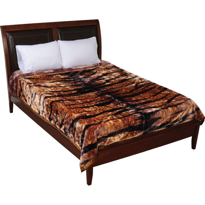 Wyndham House Tiger Print Heavy Luxury Blanket Fits Queen or King Bed